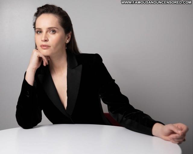 Felicity Jones No Source Babe Celebrity Posing Hot Beautiful