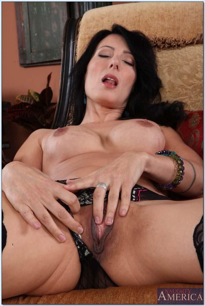 Zoey Porn