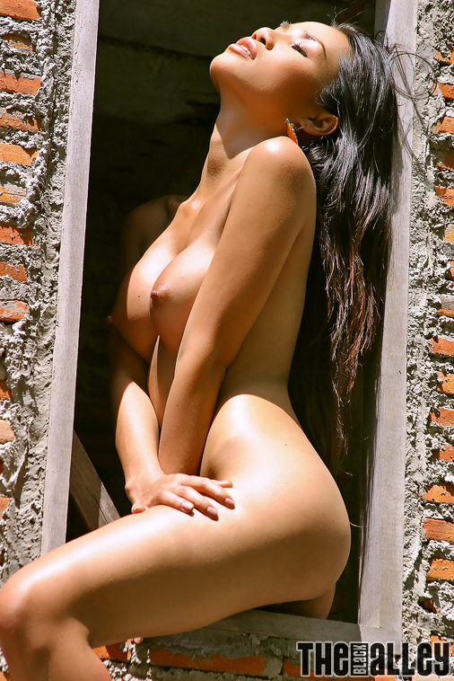 German glamour model and nude galleries