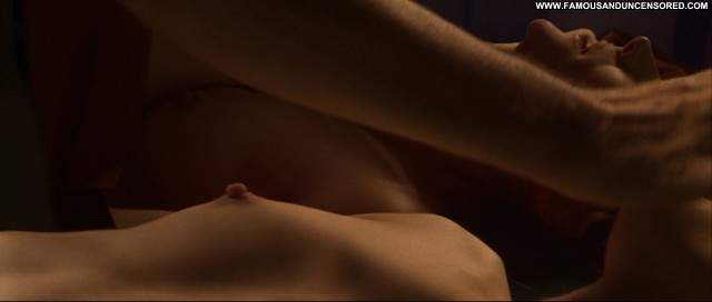 Robin Tunney End Of Days Sex Bed Topless Shirt Breasts Nice Celebrity
