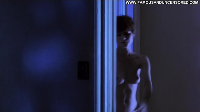 Jennifer Jason Leigh Single White Female Posing Hot Celebrity