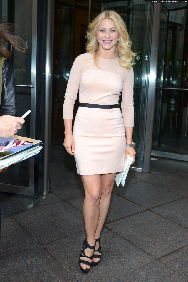 Julianne Hough New York Hotel Posing Hot Beautiful Celebrity New York