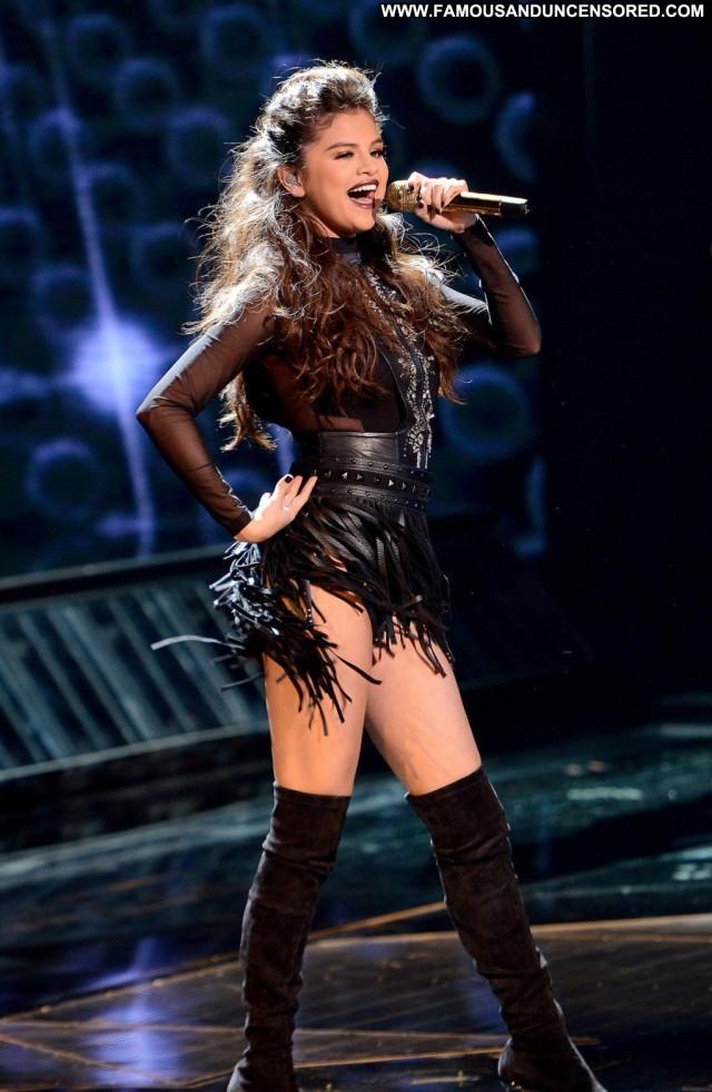 Selena Gomez Performance Los Angeles Celebrity Babe High Resolution