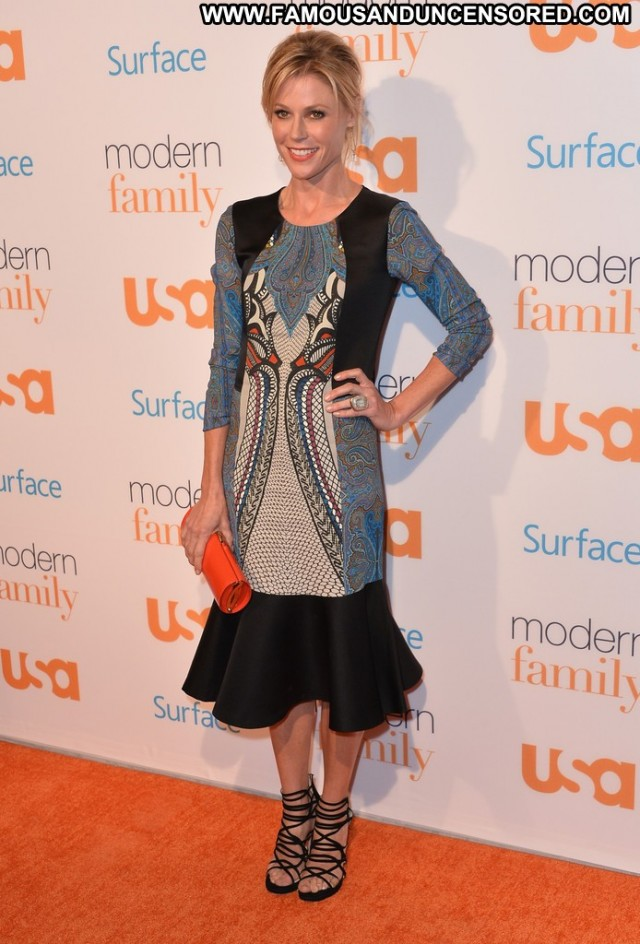 Julie Bowen Modern Family Usa High Resolution Beautiful Babe