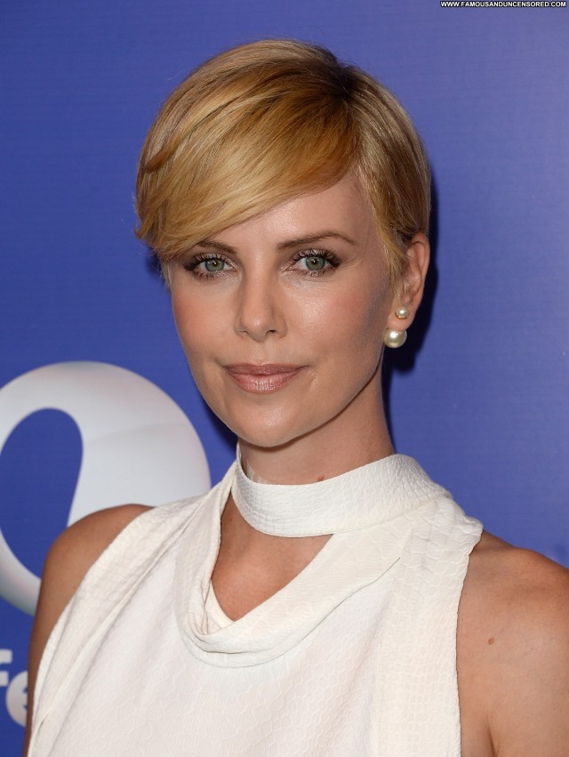 Charlize Theron Beverly Hills  High Resolution Posing Hot Celebrity
