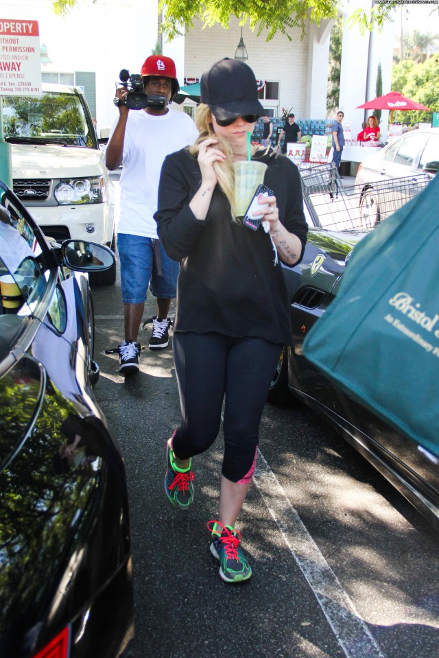 Avril Lavigne West Hollywood Hollywood Celebrity Beautiful Babe High