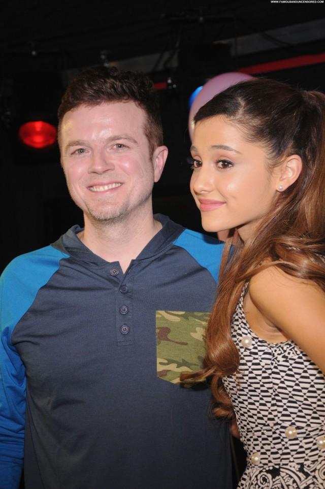 Ariana Grande No Source High Resolution Party Posing Hot Celebrity