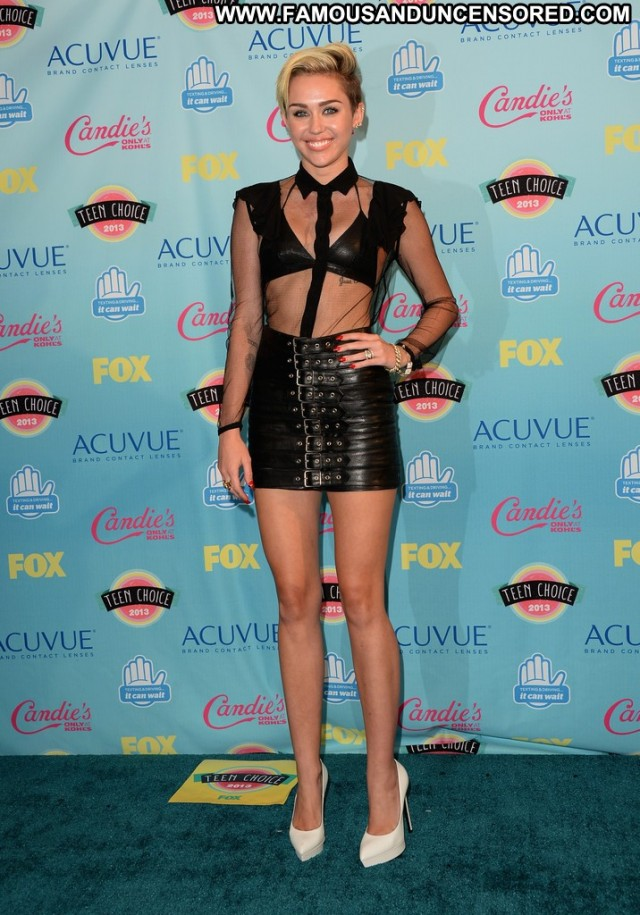 Miley Cyrus No Source High Resolution Awards Teen Celebrity Beautiful