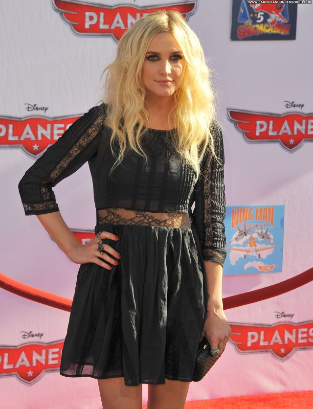 Ashlee Simpson Los Angeles Babe Celebrity Los Angeles Posing Hot High