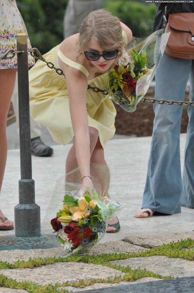 Taylor Swift No Source  Beautiful Celebrity Posing Hot High
