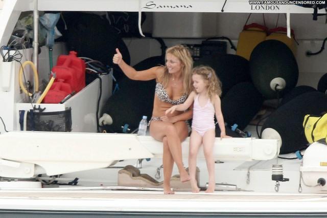 Geri Halliwell No Source Babe Posing Hot High Resolution Bikini Boat