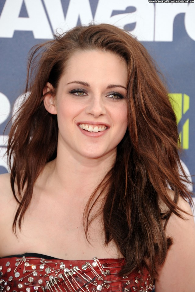 Kristen Stewart Mtv Movie Awards Babe Posing Hot Awards High