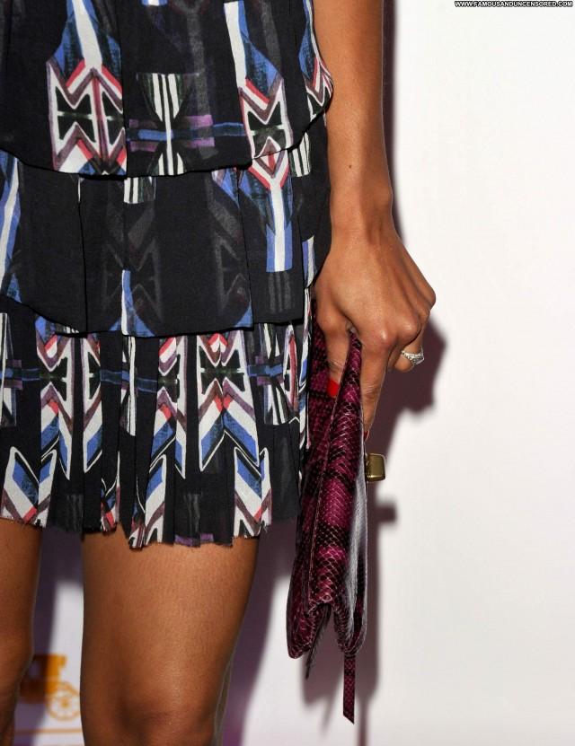 Zoe Saldana Shopping Shopping Beautiful Posing Hot Coach Celebrity
