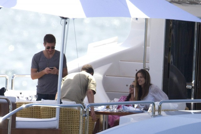 Anne Hathaway No Source Celebrity Babe High Resolution Boat Beautiful