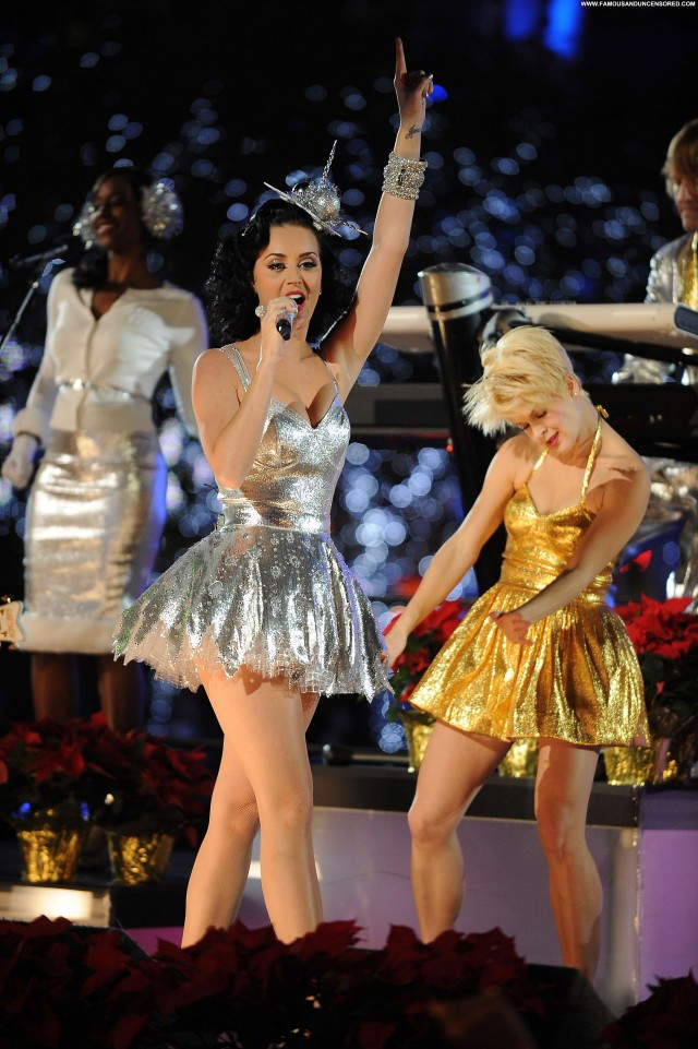 Katy Perry No Source Posing Hot Beautiful Celebrity Babe High