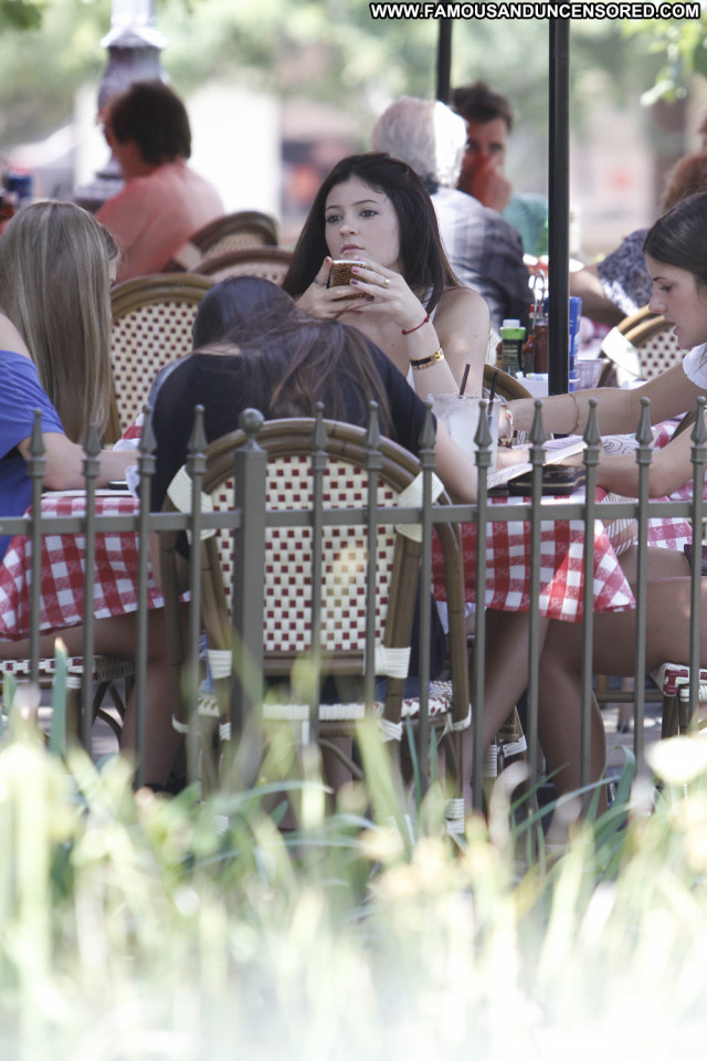 Kendall Jenner Los Angeles Los Angeles High Resolution Beautiful