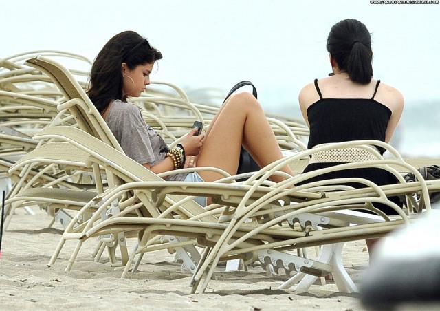 Selena Gomez The Beach Posing Hot Babe Beach Celebrity High