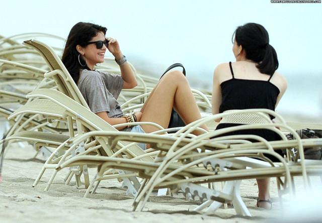 Selena Gomez The Beach  Beautiful Posing Hot Beach Celebrity High