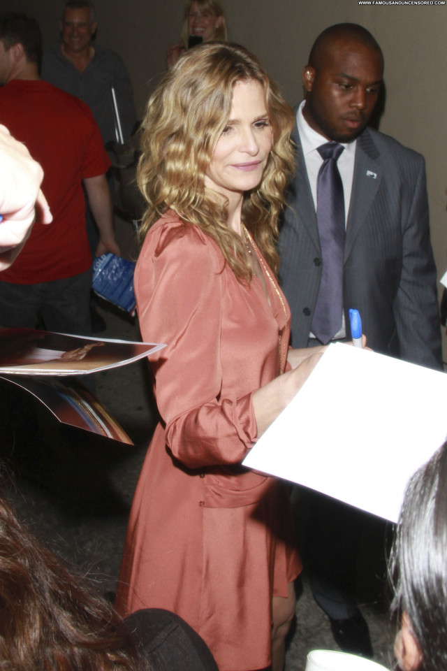 Kyra Sedgwick Jimmy Kimmel Live  Babe Posing Hot Beautiful Celebrity