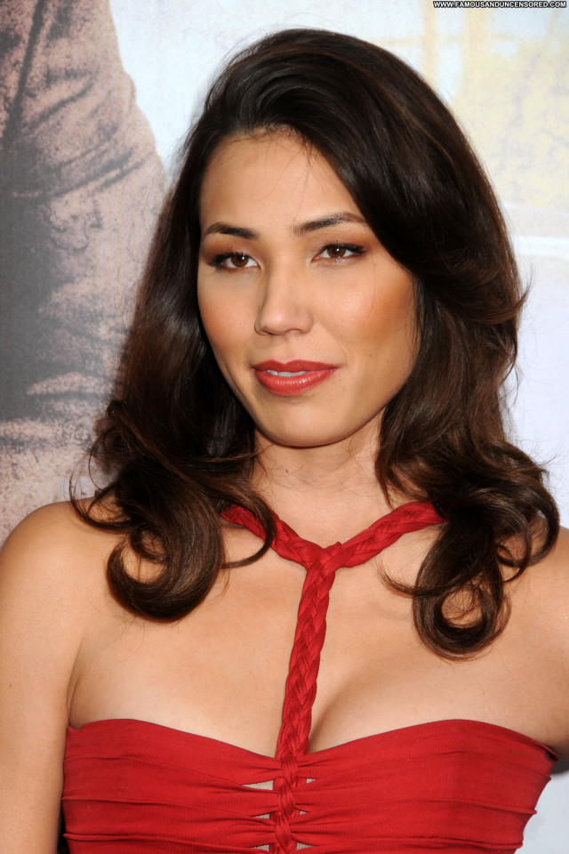 Michaela Conlin The Lincoln Lawyer  Los Angeles Babe Celebrity Posing