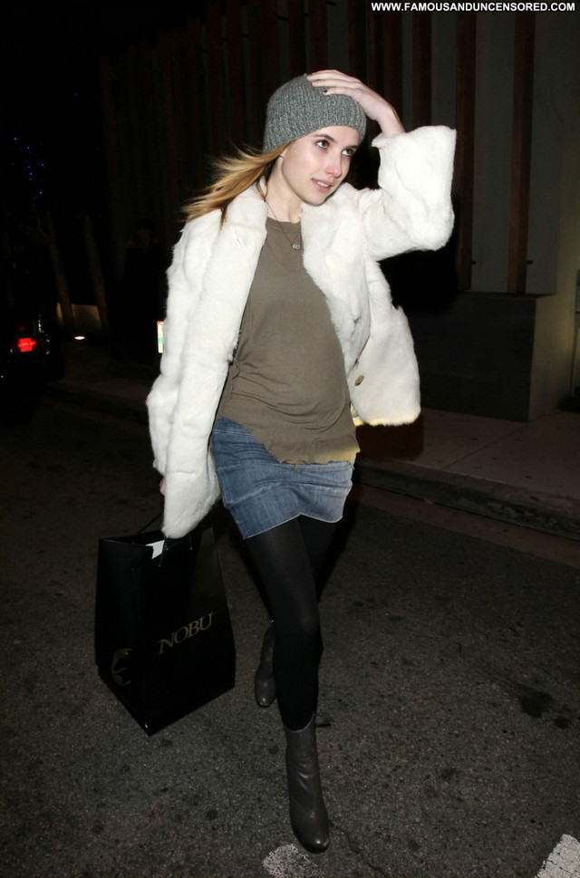 Emma Roberts No Source Posing Hot High Resolution Celebrity Beautiful