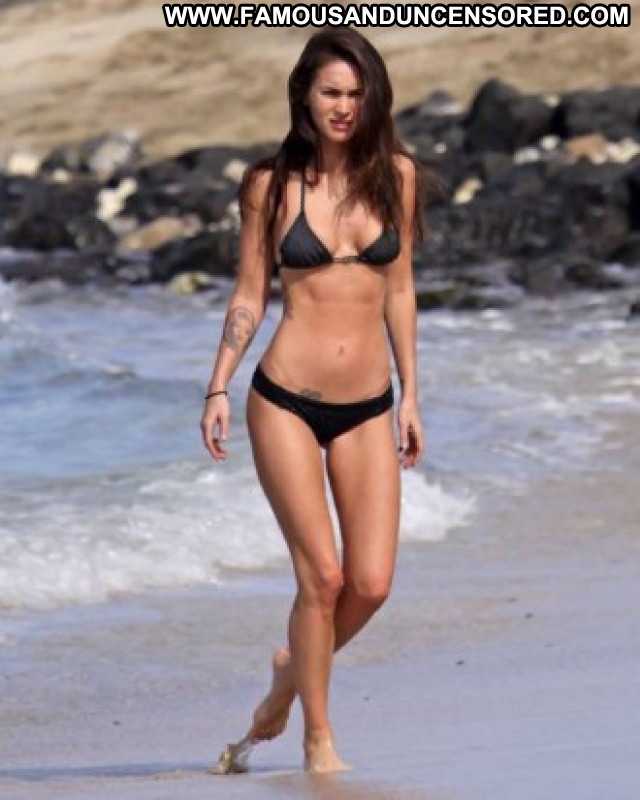Megan Fox No Source  Usa Bikini Babe Posing Hot Black Celebrity