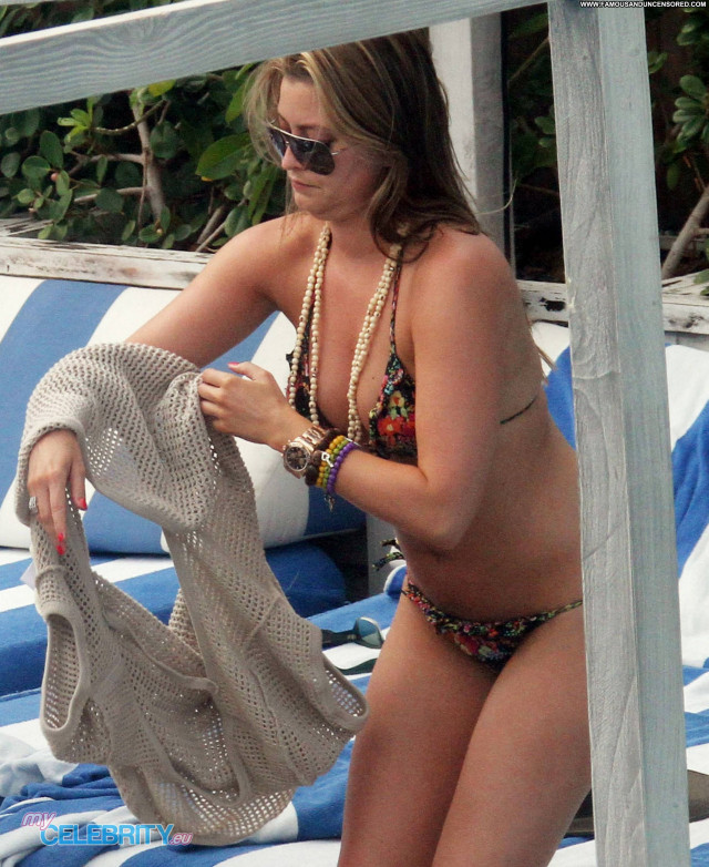 Holly Valance South Beach  Celebrity Beach Beautiful Bikini Posing