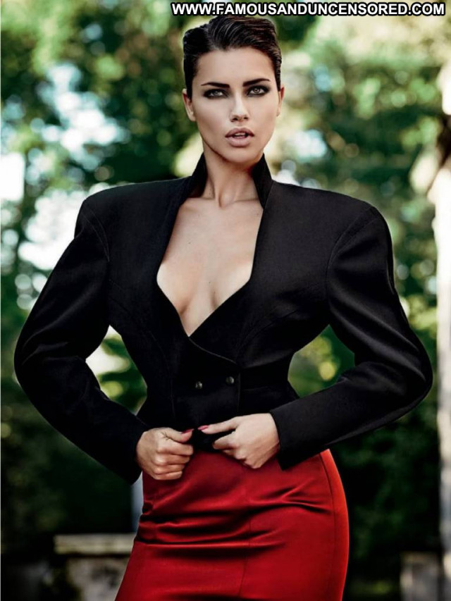 Adriana Lima Vogue Brazil Posing Hot Magazine Celebrity Brazil