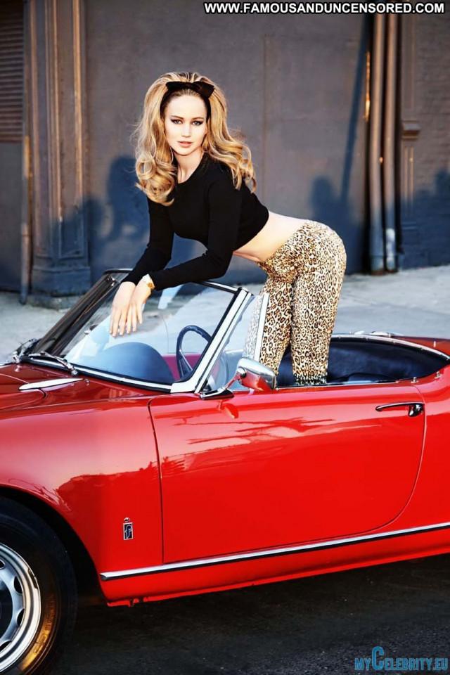 Jennifer Lawrence No Source Sexy Babe Celebrity Car Beautiful Posing