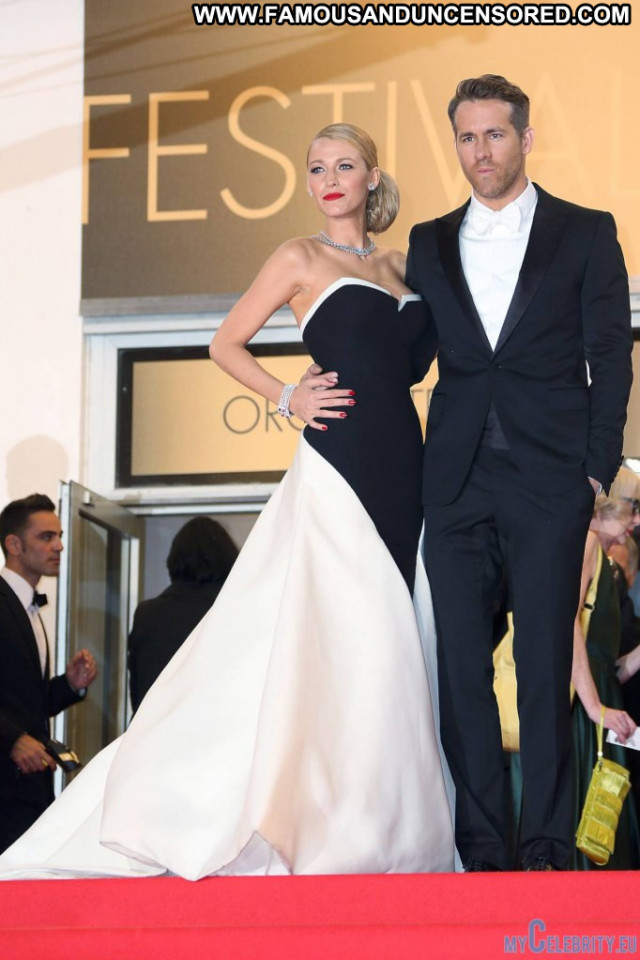 Blake Lively Red Carpet  Celebrity Posing Hot Movie Beautiful Usa
