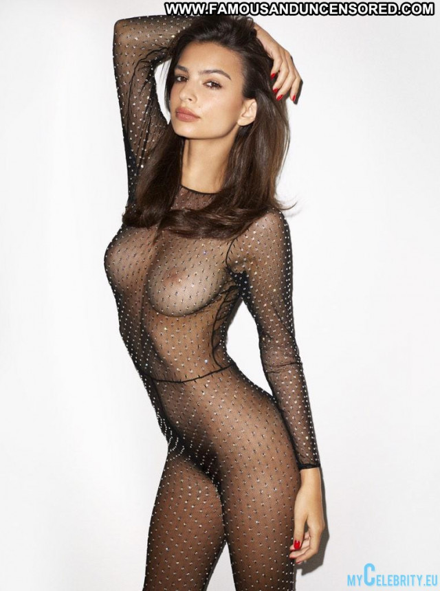 Emily Ratajkowski No Source Babe Beautiful Usa Posing Hot Celebrity