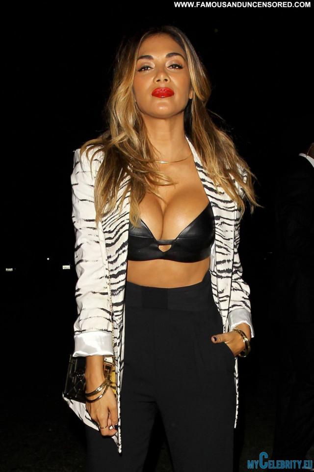 Nicole Sherzinger Hollywood Posing Hot Cleavage Celebrity Babe