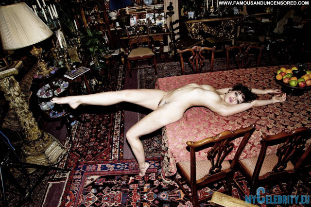 Daisy Lowe No Source  Babe Model Beautiful Celebrity Nude Uk Posing