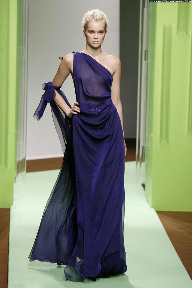 Hannah Glasby Australia Beautiful Fashion Australian Posing Hot Babe