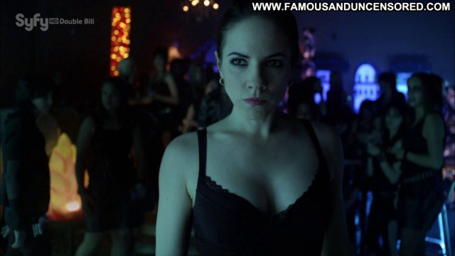 Anna Silk Lost Girl Hd Celebrity Beautiful Posing Hot Babe Gorgeous