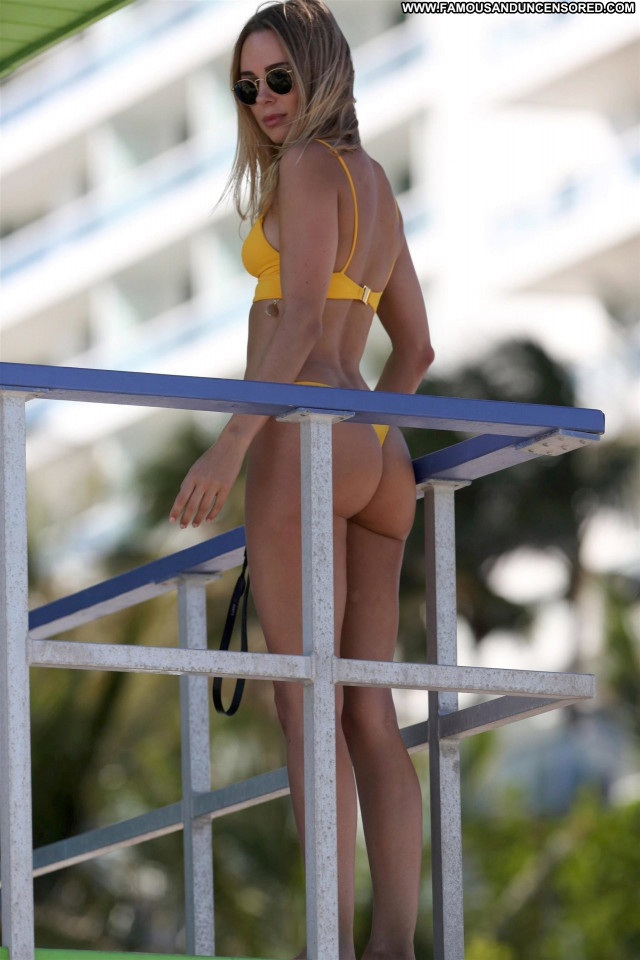 Kimberley Garner Miami Beach  Bikini Usa Babe Celebrity Posing Hot