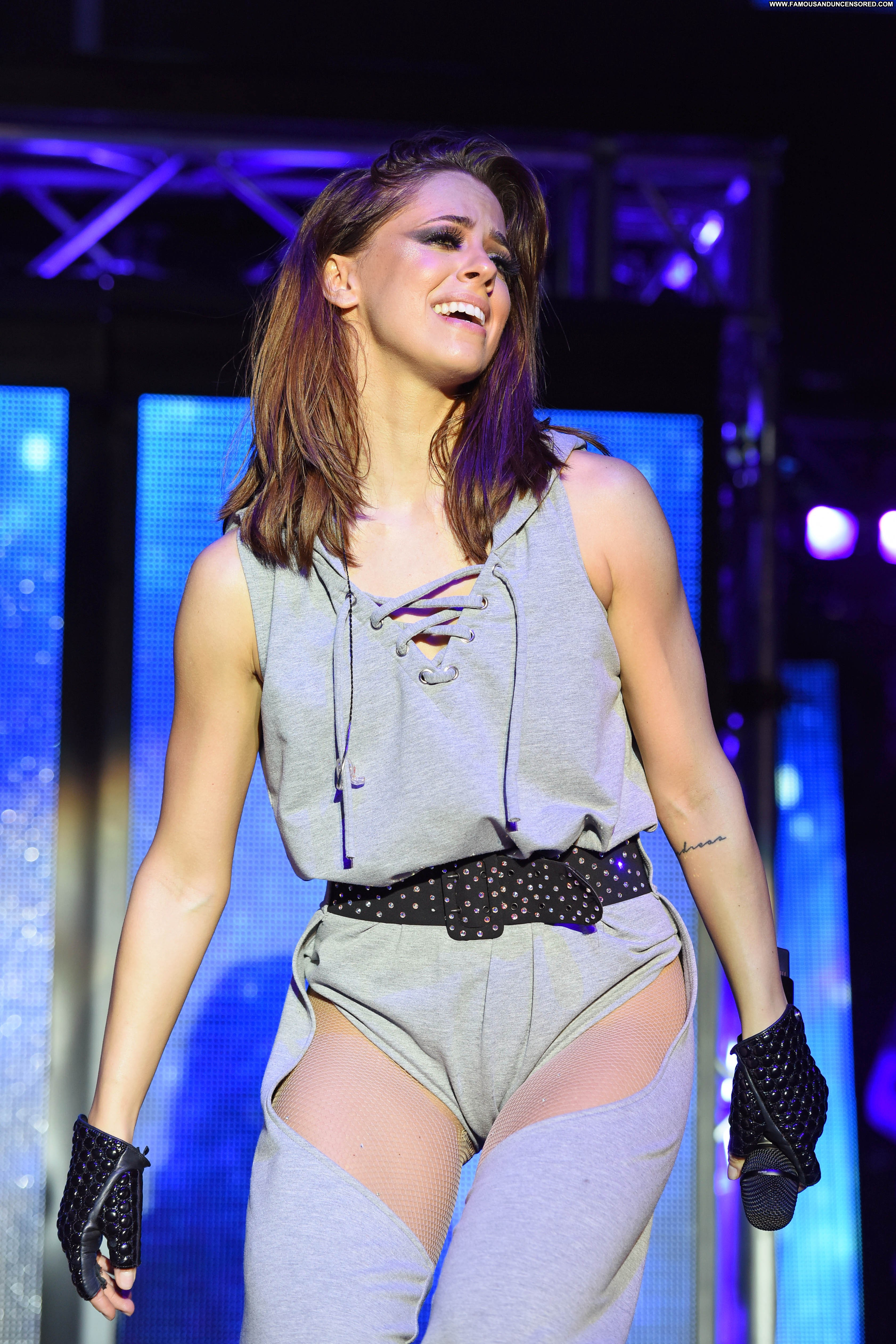 Vanessa Mai No Source Celebrity Beautiful Babe Posing Hot Live