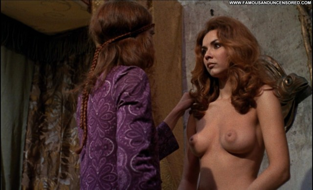 Sandra Julien The Shiver Of The Vampires Movie Boobs Ass Hot