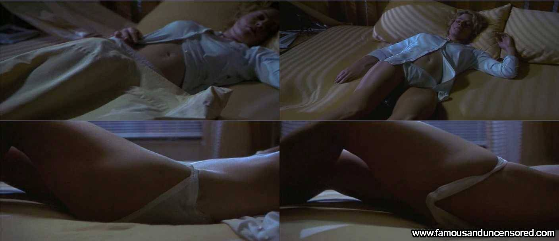 hollow-man-sex-scene