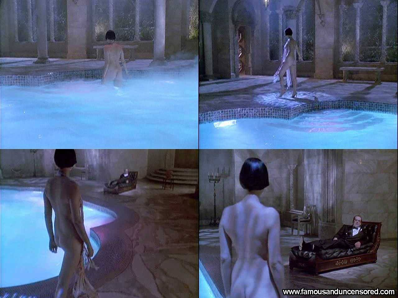 Catherine Bell Nude Sexy Scene in Death Becomes Her Celebrity Photos ...