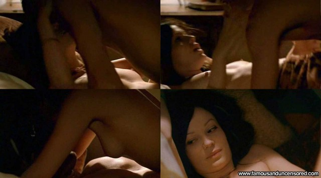 Samantha Mathis Nude Scene