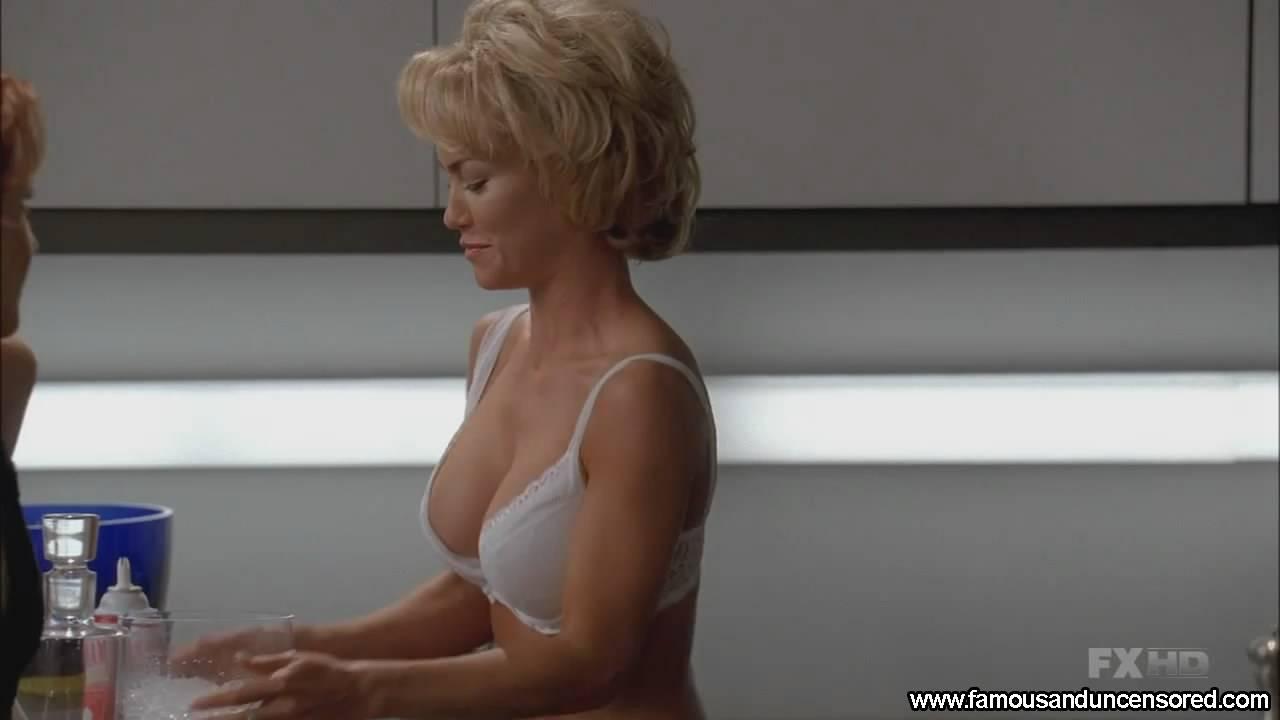 Kelly Carlson Naked Photos