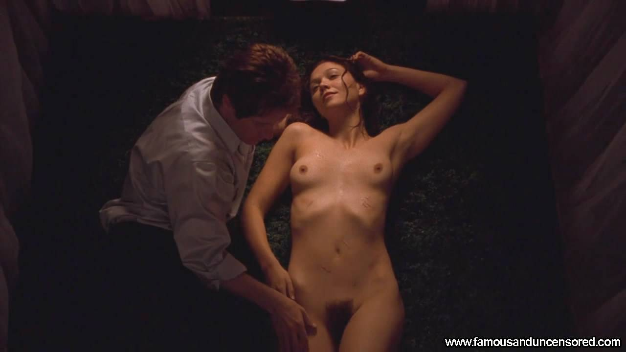 Maggie Gyllenhaal Nude Sexy Scene in Secretary Celebrity Photos and ...