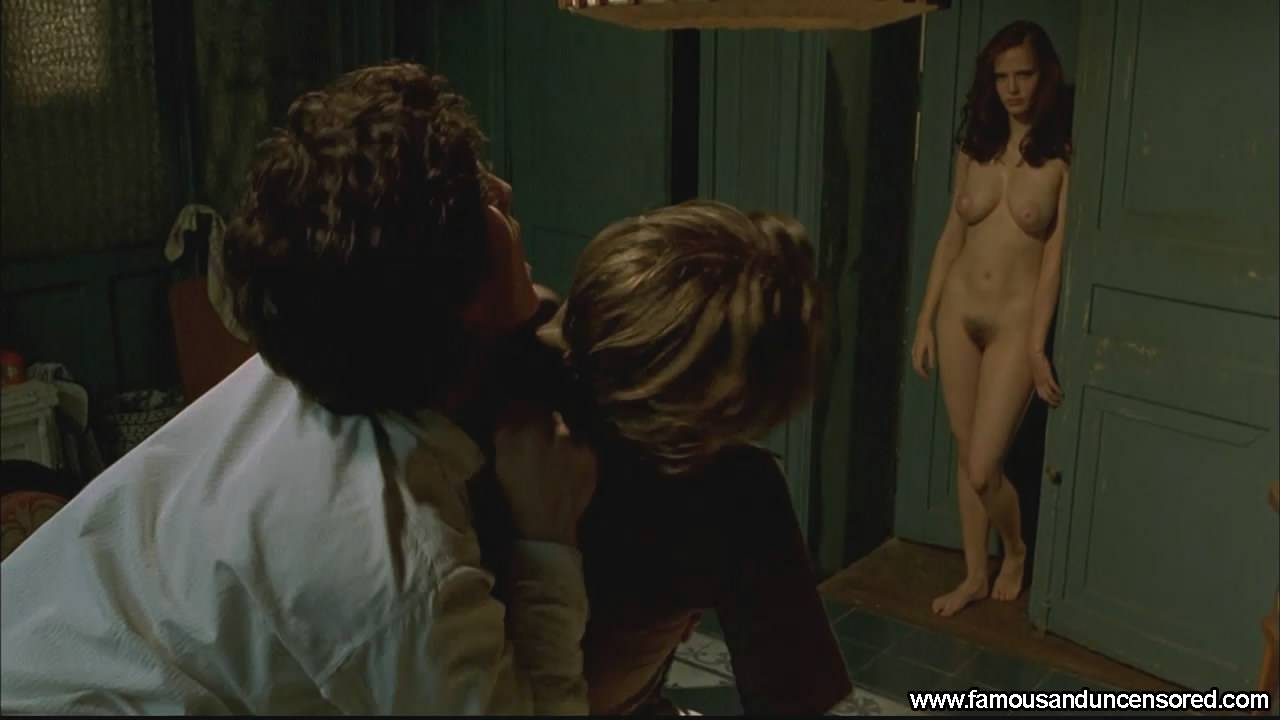 Nude scene dreamers 2