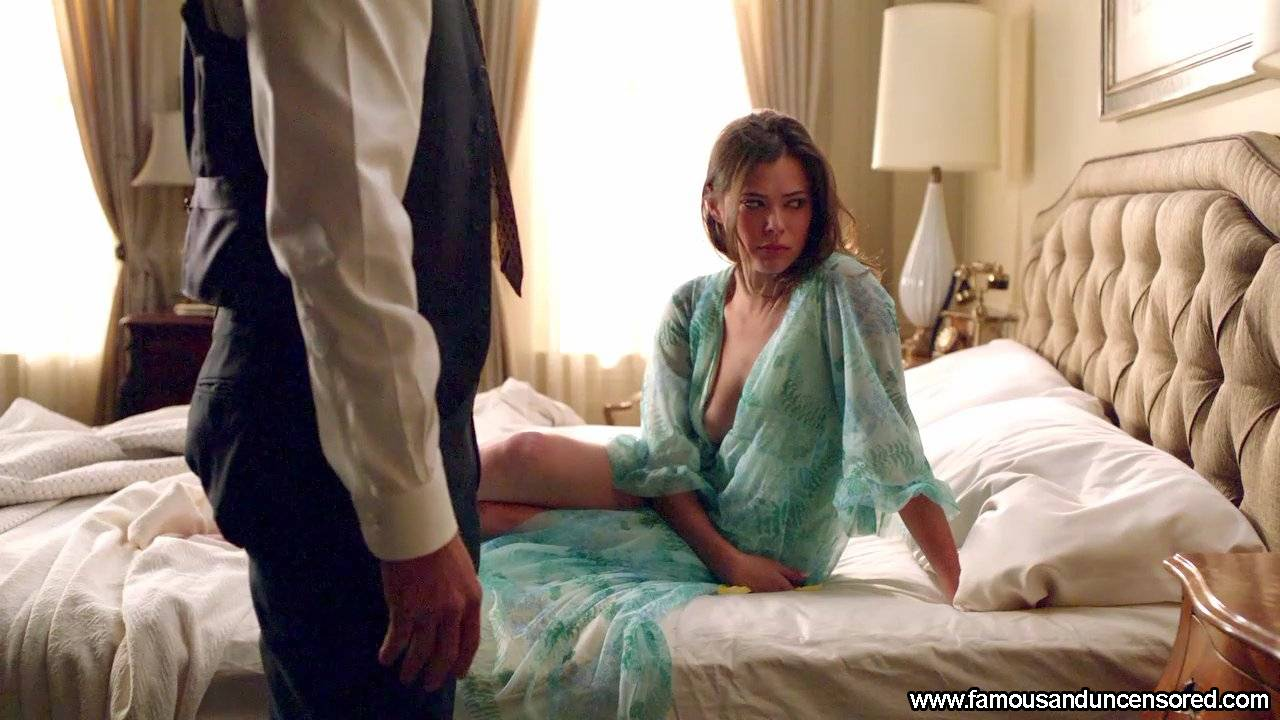 Peyton List Nude Sexy Scene in Mad Men Celebrity Photos and Videos
