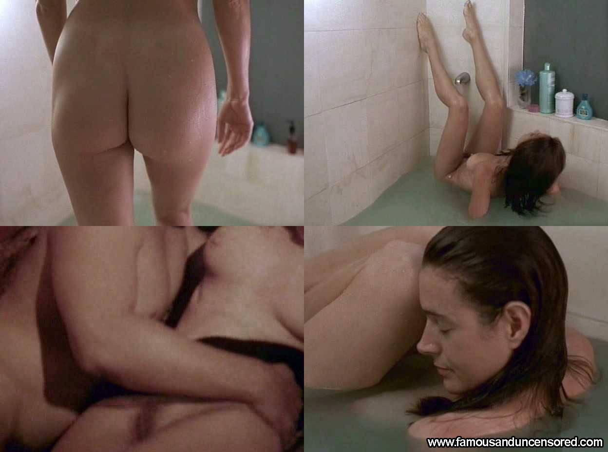 Brad pitt naked scene