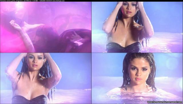 Selena Gomez Advertisement Sexy Beautiful Nude Scene Celebrity