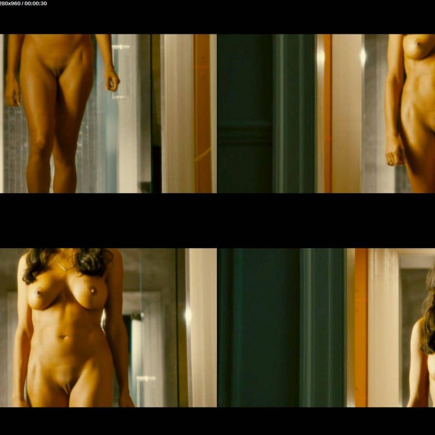 Hollywood actress rosario dawson leaked nude selfie in a mirror