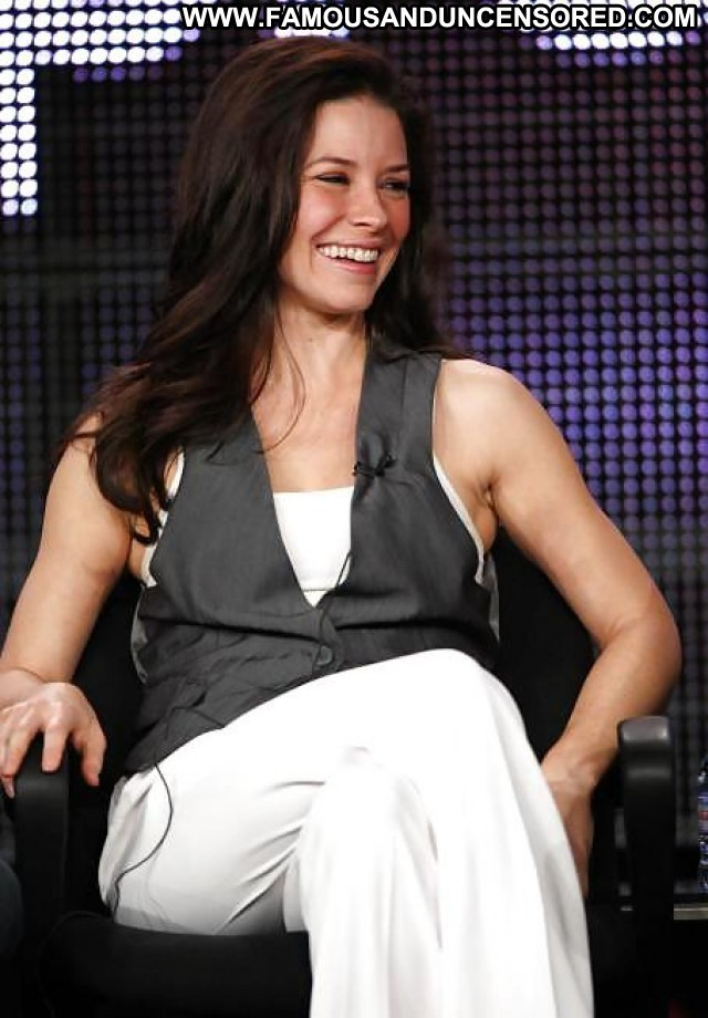 Evangeline Lilly Pictures Hot Celebrity Femdom Sexy Beautiful