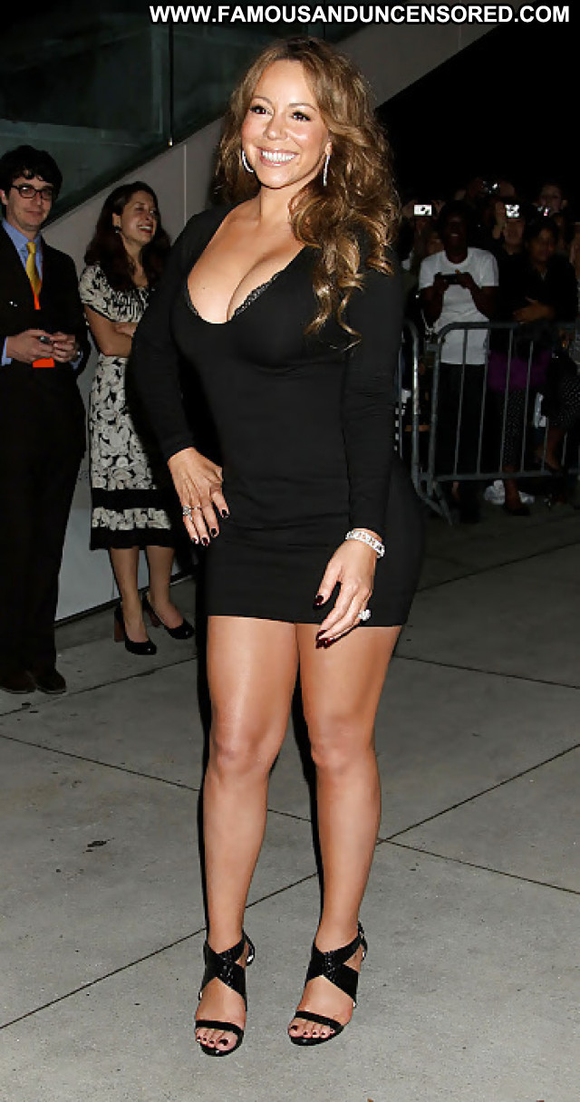 Mariah Carey Pictures Ebony Car Celebrity Babe Hot Sea